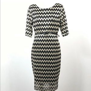 Laura chevron print Knitted dress Metallic Belted